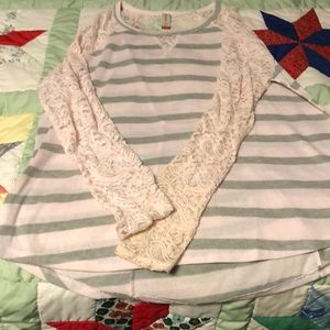 Never worn blouse pink and gray